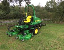 John Deere 7400 Terraincut And Surrounds Mower