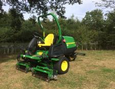 John Deere 7200 PrecisionCut Trim And Surround Mower