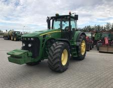 John Deere 8230 POWERSHIFT