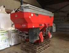 Kuhn AXIS 30.1 FERTILISER SPREADER