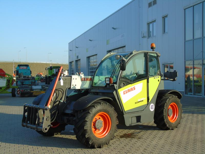 Claas SCORPION 6030 COMPACT