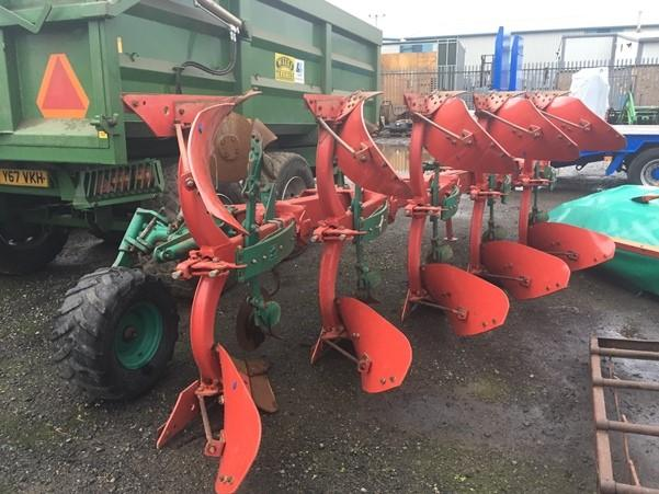 Kverneland Uk Kverneland EG 85-200 5-Furrow Reversible Plough