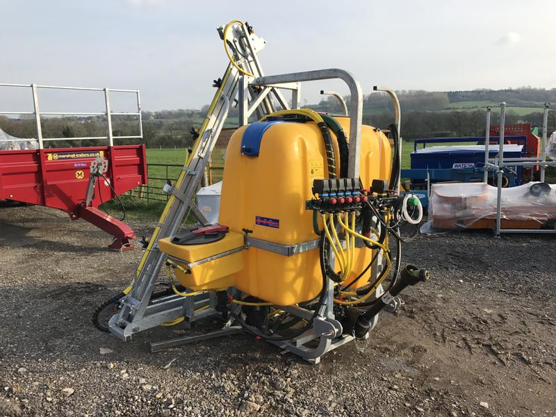 Jar-met 1000 Litre Sprayer With Hydraulic Folding Booms
