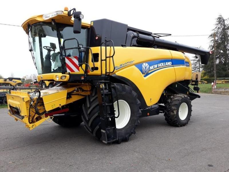 New Holland CX 7090 Elevation